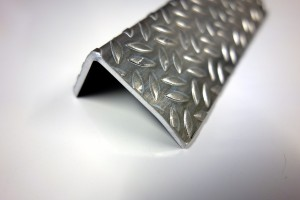 askelkulma-alumiini